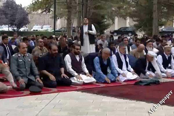 اصابت راکت در نماز عید
